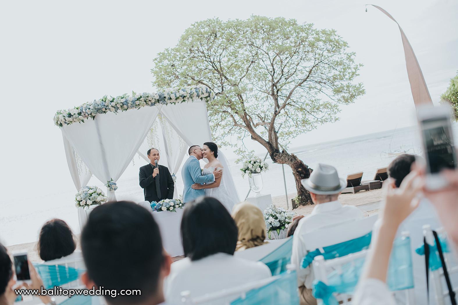 Bali top wedding professional elegant creative touched we help couples plan their dream wedding on the beautiful island of bali junglespirit Gallery